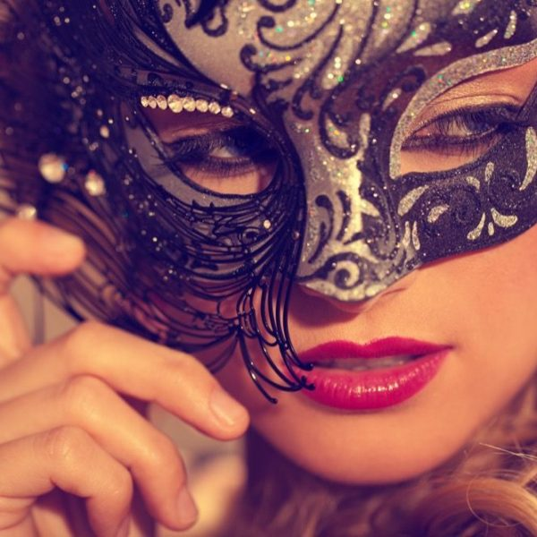 beautyfull women in venetian Mask
